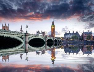 london-at-dusk-PY8RXH8