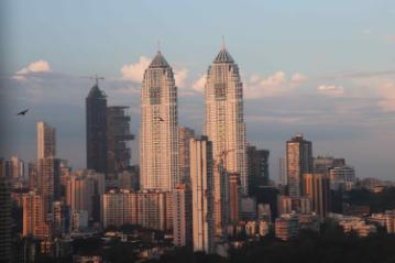 mumbai-city-view-S8KXQZ3